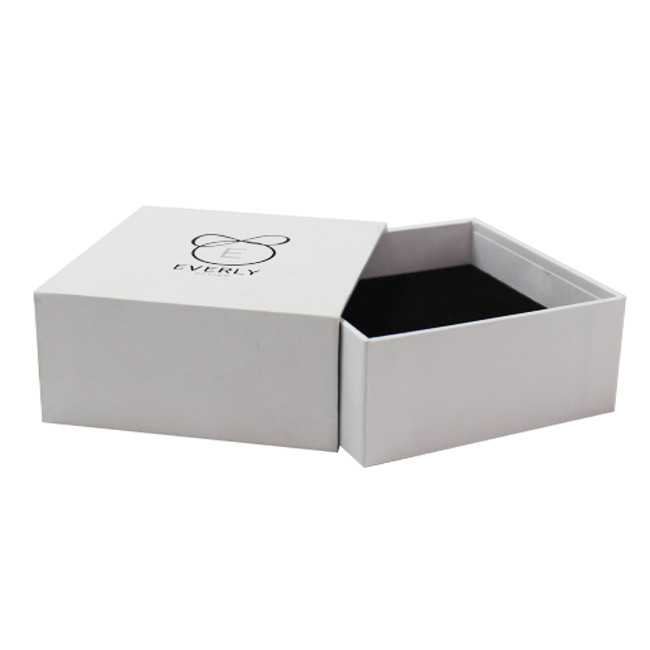 Matte finish white jewelry box for bracelets packaging