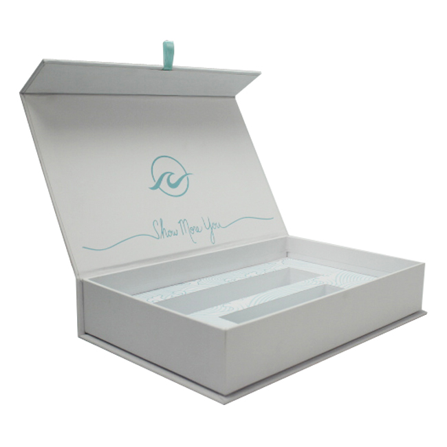 White Cosmetic Gift Box Packaging With EVA