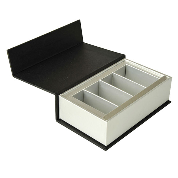 Custom Cosmetic Packaging Boxes With Paper Tray