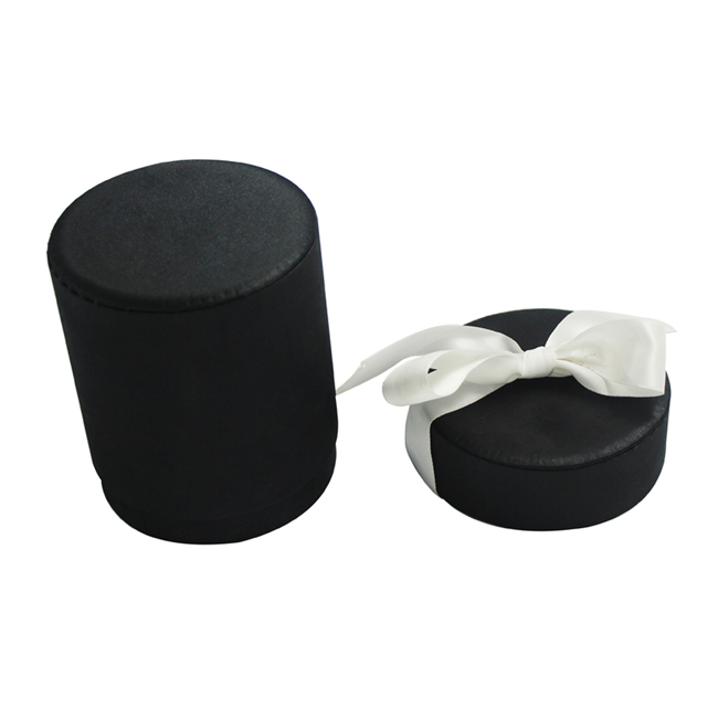 Black Round Box with lid